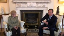 Cameron meets Holocaust survivors at Downing Street