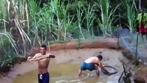 Funny video Aboriginal Fishing Very Good Fishing Good 2015 Laugh Fun Best Funny Videos 2015