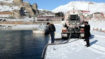 Bitlis - Buzlanan Yollara Van Gölü Suyu ile Çözüm