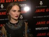 Natalie Portman Stuns At 'Jane Got A Gun' Premiere