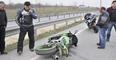 Otobüse Çarpan Motosiklet Sürücüsünün Başı Koptu