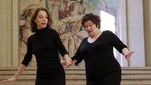 Vue sur les marches : Brigitte Seth et Roser Montlo Guberna
