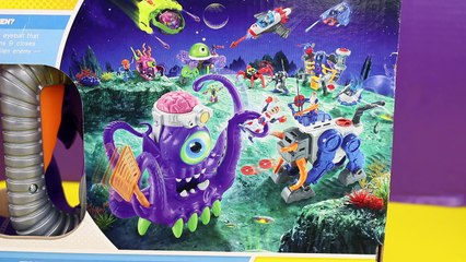 Imaginext Tentaclor Giant Octopus Toy Review with Batman Superman and Spiderman in its Tentacles