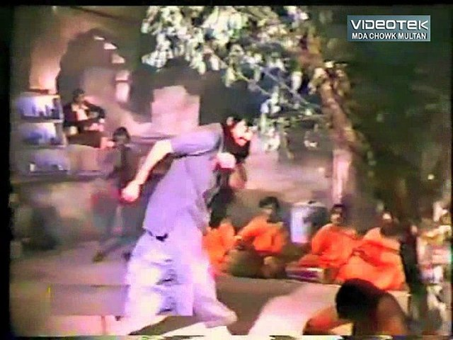 Sadqay Teray Sabz Pari (with Ahmed Rushdi) Jeenay Ki Saza - From DvD Akhlaq Ahmed Vol. 1