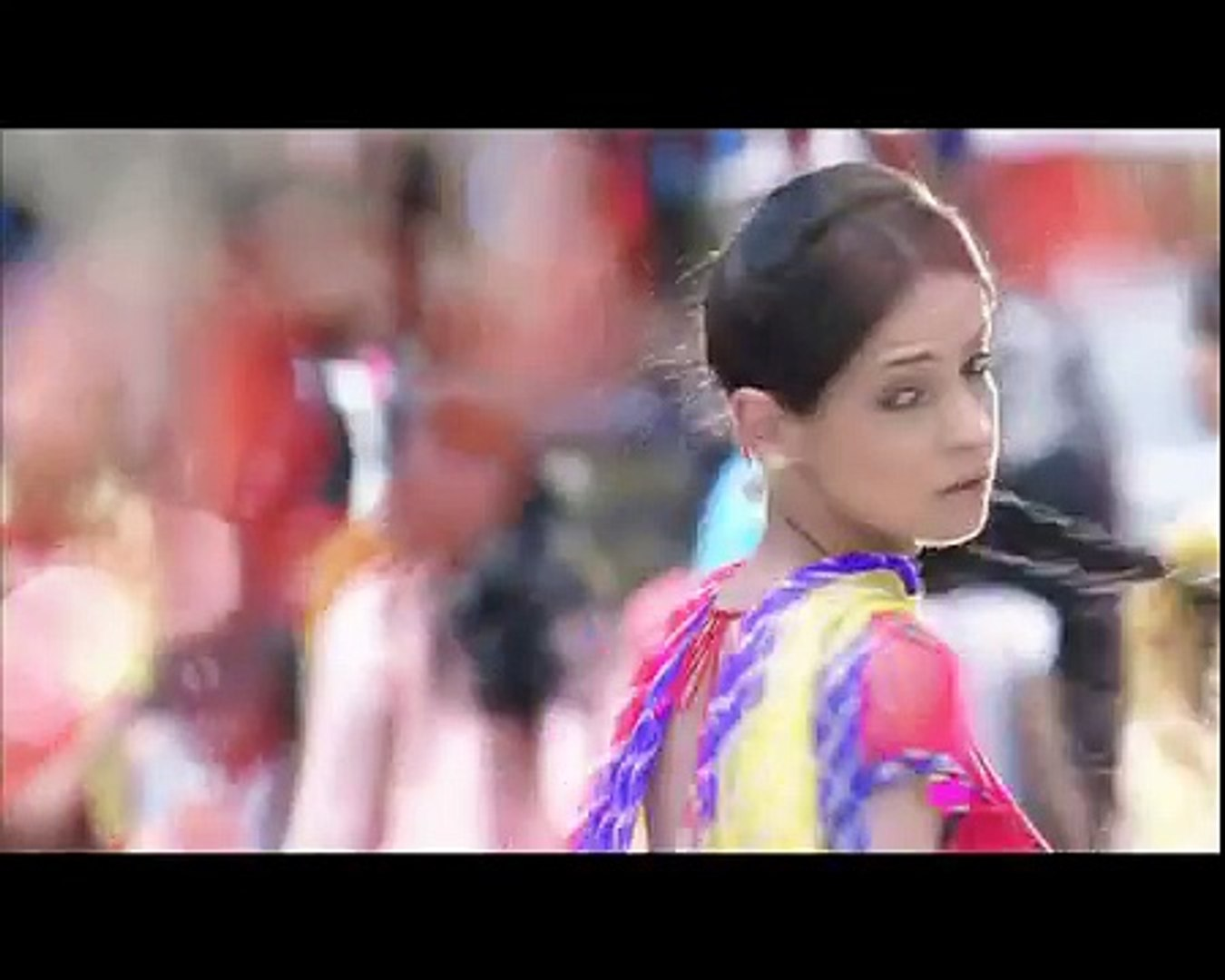 Khushi (Sanaya Irani) coming to UK