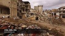 Un drone survole la ville d'Homs en Syrie dévastée par 5 ans de guerre