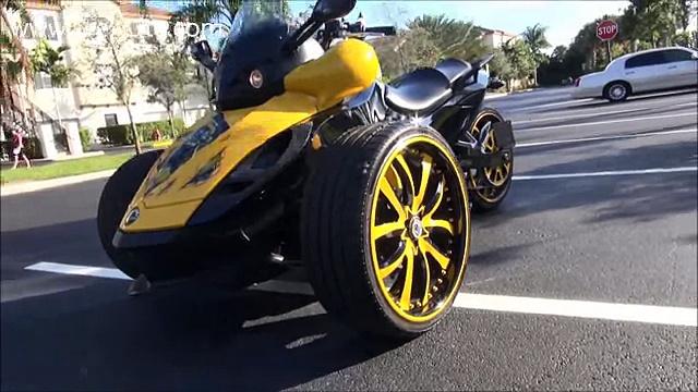 Кастом трицикл черно желтый. Customized Can Am Spyder