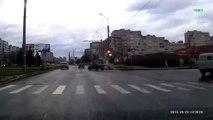 Road Rage at croasroad in RUSSIA! Дорога ярости и мести