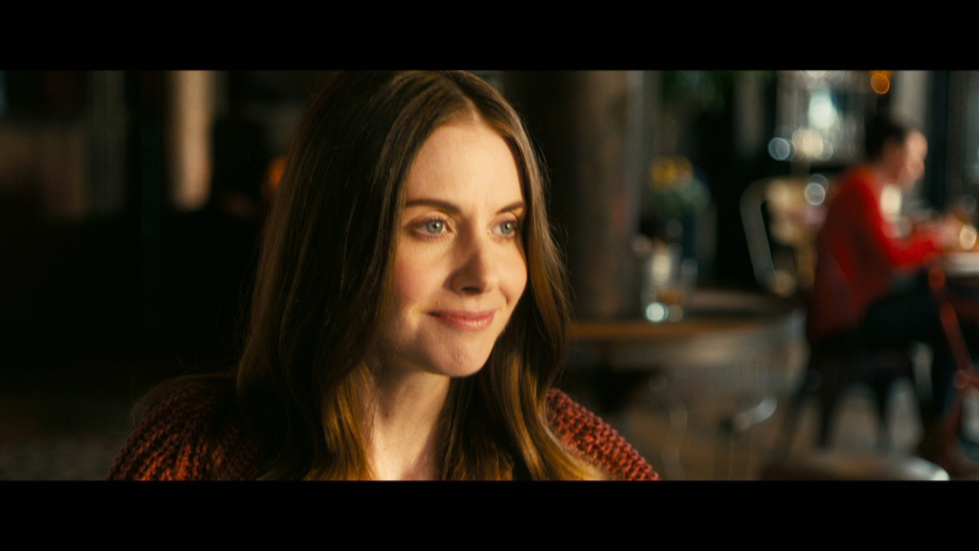 Alison Brie Talks About Being On 10 Dating Sites In 'How To Be Single' Clip