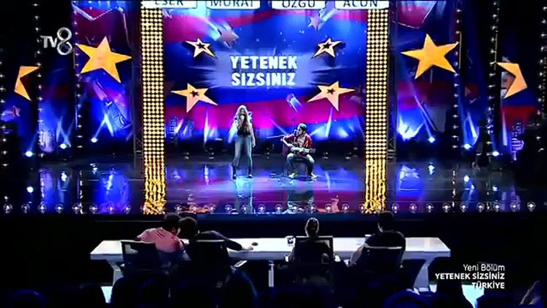 Türkiyenin Shakirası Aleyna Tilki - Yetenek Sizsiniz Türkiye 2014