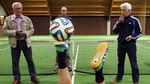 Most touches of a football with the soles in one minute - Guinness World Records