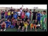 Brasileiro ajuda refugiados através do futebol
