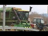 Αμετακίνητοι οι αγρότες. Αυξάνουν τις ώρες αποκλεισμού Εθνικών, παλαιών Εθνικών οδών και παραδρόμων