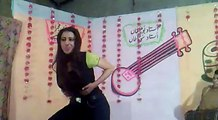 Lak 28 Kuri Da Pakistani girl mujra in private hotal || College girl mujra