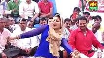Pakistani Girl Dance in Public Place/Desi mms/desi video/desi mms video