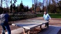 MAMIE PING PONG à 90 ans cette dame est la championne de la table de ping pong de l'Orangerie.