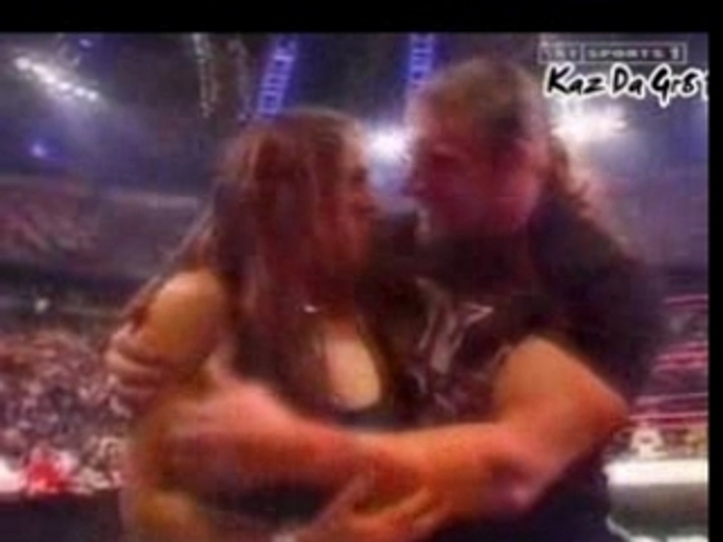 HHH & Steph Renew Their Wedding Vows?