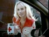 2003 La vitre - Adriana Karembeu & la Croix-Rouge