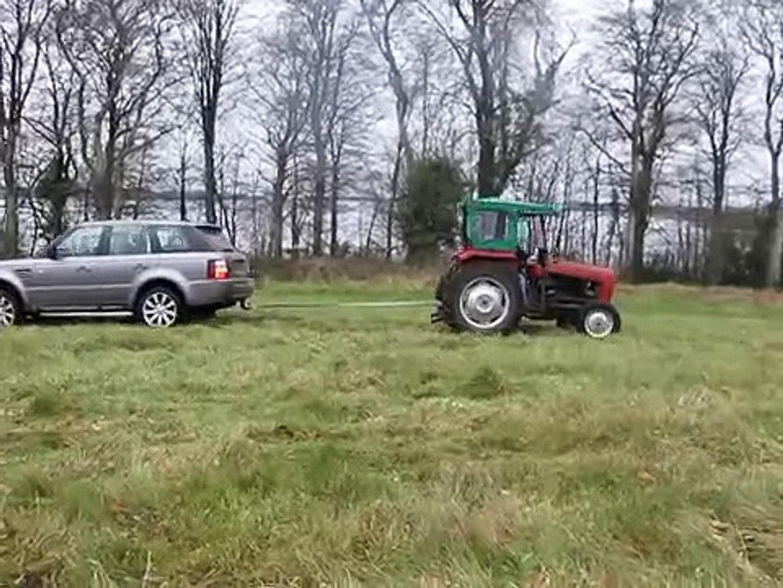 Кто сильнее- Range Rover Sport vs Трактор Massey