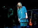 """Emma Daumas-""""J'attends"""" Le zebre de bellville (05_02_09)"""