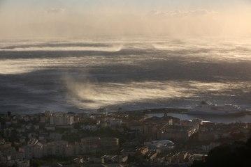VIDÉO. Intempéries en Corse : vents violents à Bastia