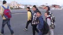 Durrës, nxënësit rrezikojnë jetën - Top Channel Albania - News - Lajme