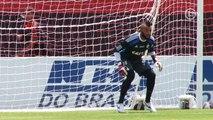Titular contra o Bangu? Muralha trabalha forte para assumir o gol do Flamengo