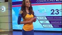 Bella presentadora del tiempo muestra sus colores