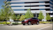 London, ON - 2016 Nissan Pathfinder Vs. 2016 Toyota Highlander | Toyota Town