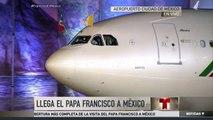 El avión con el papa a bordo toca tierra en México | Noticiero | Noticias Telemundo