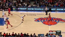 Dwight Howard Throws Down a Ridiculous Alley-Oop