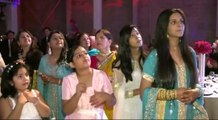 DESI MASTI -[HD] Pakistani Wedding - Bride and Grooms Reception Entrance