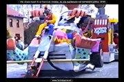 Wagen 1995 As clown moet ik er hard an trekke , mi die mallemole vol carnavalsgekke