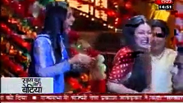SBB - Masti During Shooting of GHSP - 23rd August 2011