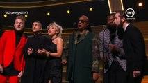 Pentatonix & Stevie Wonder - That's The Way Of The World (2016 Grammys)