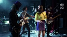 """Minuit interprète """"Flash"""" sur la scène de la Cigale lors du Concert très très privé du 20 janvier"""