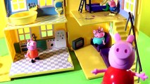 Peppa Pig Cartoons: Peppa Pig & Family - Country House! Kids Cartoons Animations