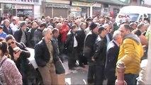 Artvin Vatandaşlar Valilik Önünde Toplandı