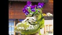 Цветник на даче из старой обуви или как украсить дачу
