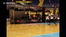 Chinese roller skaters put on amazing show in Italy