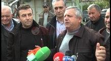 Fier, Banorët e Cakranit në protestë bllokojnë rrugën- Ora News- Lajmi i fundit-