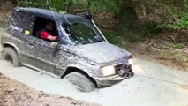 Suzuki Grand Vitara 4x4 Extreme Off-road Hard Mudding