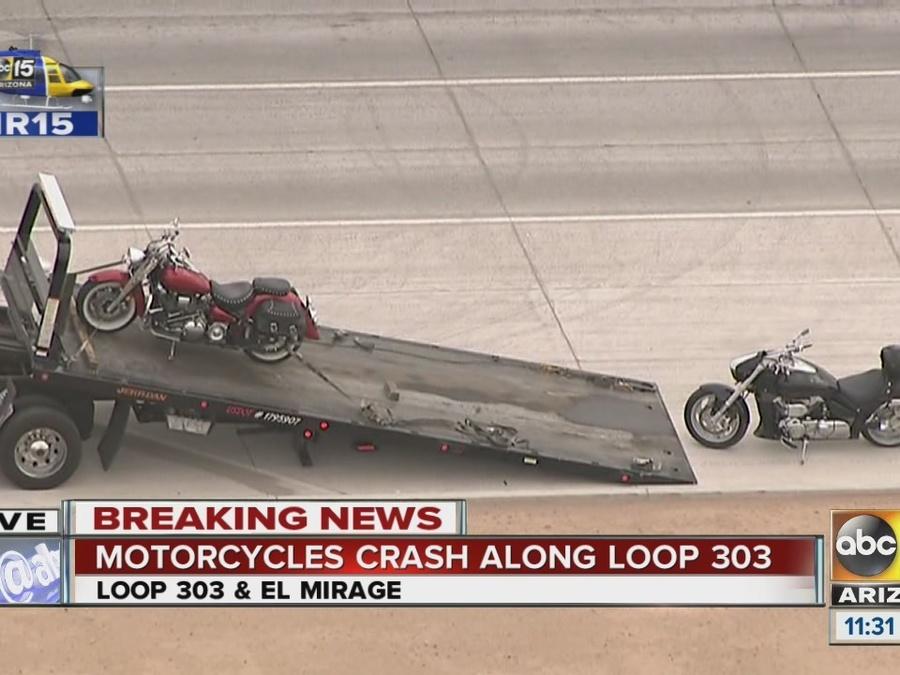 Motorcycles collide on Loop 303