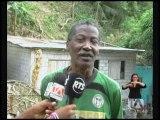 En Esmeraldas cuatro viviendas fueron destruidas por un deslizamiento de tierra