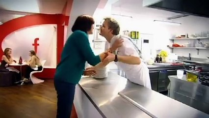 janet street porter throws plates at chef ramsay gordon ramsay