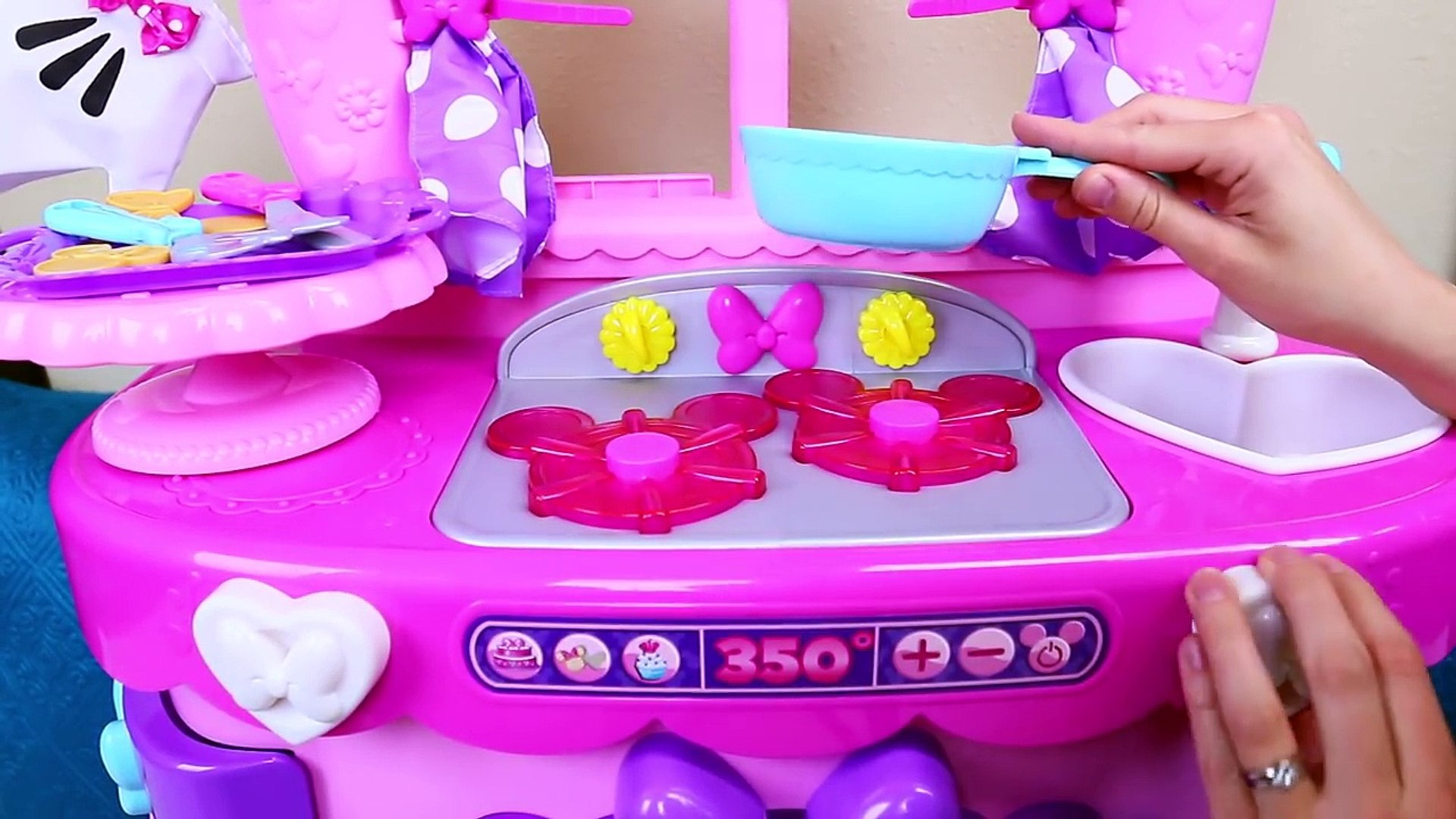 Minnie Mouse Sweet Surprises Play Kitchen Play Doh Food Cooking Flipping New Toddler Set Video Dailymotion