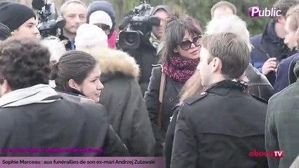 Exclu Vidéo : Sophie Marceau : En larmes aux funérailles de son ex-mari Andrzej Zulawski