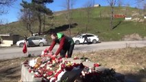 Zonguldak Yaralı Uzman Çavuş, Şehit Uzman Çavuşun Mezarını Ziyaret Etti