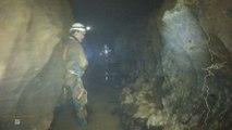Spéléologie lot - La rivière de commande - Aval de la grotte d'Elise - Gramat 46