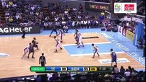 Abueva tosses it up to Edwards for the alley-oop dunk